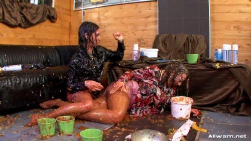 Raunchy Food Fight – Mila Dark and Chantal Ferrera. 20.01.2009. AllWam.net (609 Mb)