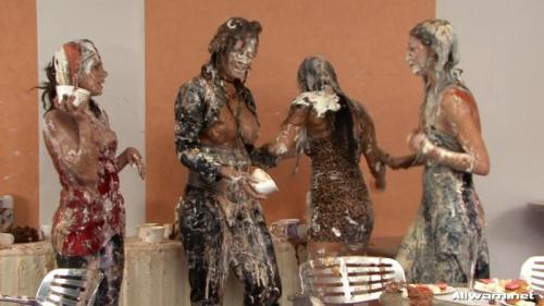 Get A Taste Of This Human Dessert – Leony Aprill, Laetitia, Jordan Verwest. 01.12.2010. AllWam.net (607 Mb)