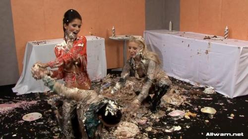 When Birthdays Turn Messy – Nessa Devil, Kety Pearl. 29.12.2010. AllWam.net (504 Mb)