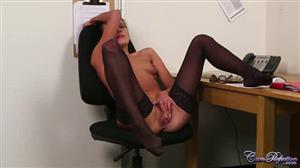 cumperfection-18-11-01-lexi-layo-give-head-to-get-ahead.jpg
