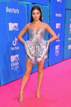 Hailee-Steinfeld-MTV-EMAs-2018-in-Bilbao-Spain-11%2F4%2F18--26sf4kac7w.jpg
