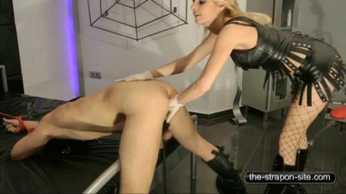 Natalie Black – Deep In Your Ass. 30.11.2016. The-strapon-site.com (301 Mb)