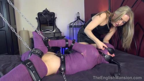 Bound Slave Puppet – Mistress Sidonia. TheEnglishMansion.com (582 Mb)