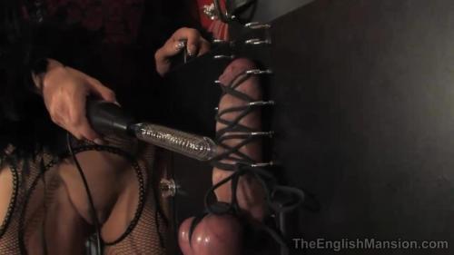 Slave Test – Fetish Liza And Mistress Sidonia. TheEnglishMansion.com (248 Mb)