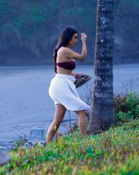 kim-kardashian-bikini-candids-in-bali-102518-9.jpg