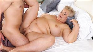 lustygrandmas-17-04-06-astrid-thick-granny-loving.jpg