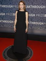 Julianne Moore - 2019 Breakthrough Prize / Nov 10 2018
