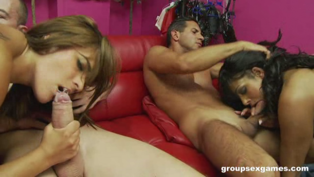 groupsexgames-18-11-04-india-babe-and-valery-summer-checkout-3.png