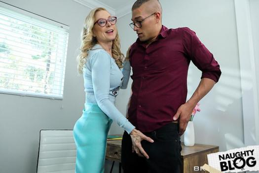 Mommy Got Boobs - Nina Hartley