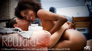 sexart-18-11-14-luna-c-reward.jpg