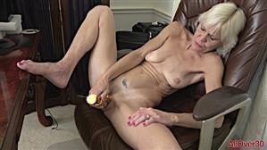 allover30-18-11-17-mimi-smith-ladies-with-toys.jpg