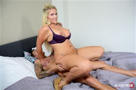 hitzefrei-18-06-01-tatjana-young-the-sperm-hunter-german.jpg