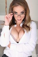 Paola-Guerra-Hands-On-Sex-Toy-Agent-f6s84cwp51.jpg