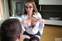 Paola-Guerra-Hands-On-Sex-Toy-Agent-66s84d3zxr.jpg