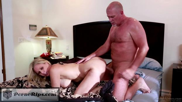 mygirlfriendsmother04_s02_juliaann_markdavis_00_24_40_00016.jpg