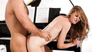 eroticax-18-11-21-ashley-lane-non-allegro.jpg