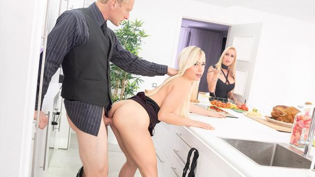 private-18-11-22-gabi-gold-and-sophie-evans-thanksgiving-day-fuck.jpg