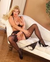 Busty-queen-of-legs-in-fantastic-black-stockings-36sag1uwcv.jpg