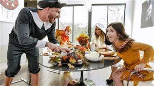 familystrokes-18-11-22-brooklyn-chase-and-rosalyn-sphinx-thanksgiving-snatch-stu.jpg