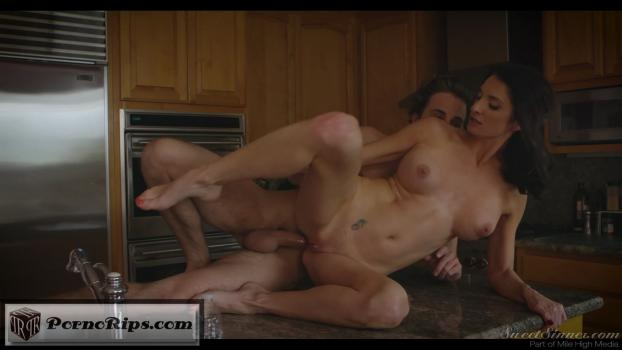 mygirlfriendsmother13-part3thebreakingpoint_s03_lucasfrost_silviasaige_00_23_08_.jpg