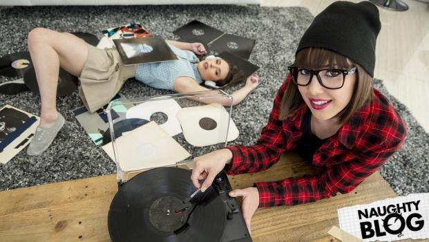 When Girls Play - Casey Calvert & Jenna Sativa