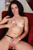 V1V-TH0M%405-Nicole-D-Sweet-Touch-06sbapl1nt.jpg