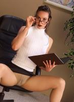Miranda-Serious-office-lady-gives-in-to-nylon-passion-o6rw7dh2a2.jpg
