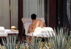 Emma Watson - bikini Cabo San Lucas, Mexico 10.13.2018 86903358_emmawatson-cabosanlucas101318_tcc-16