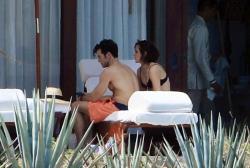 Emma Watson - bikini Cabo San Lucas, Mexico 10.13.2018 86903371_emmawatson-cabosanlucas101318_tcc-18
