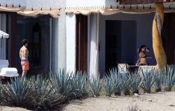 Emma Watson - bikini Cabo San Lucas, Mexico 10.13.2018 86903436_emmawatson-cabosanlucas101318_tcc-26